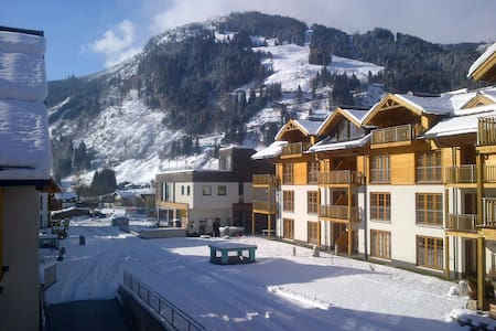 2 Bed Mountain Apartment & Spa - Rauris - Apartamento