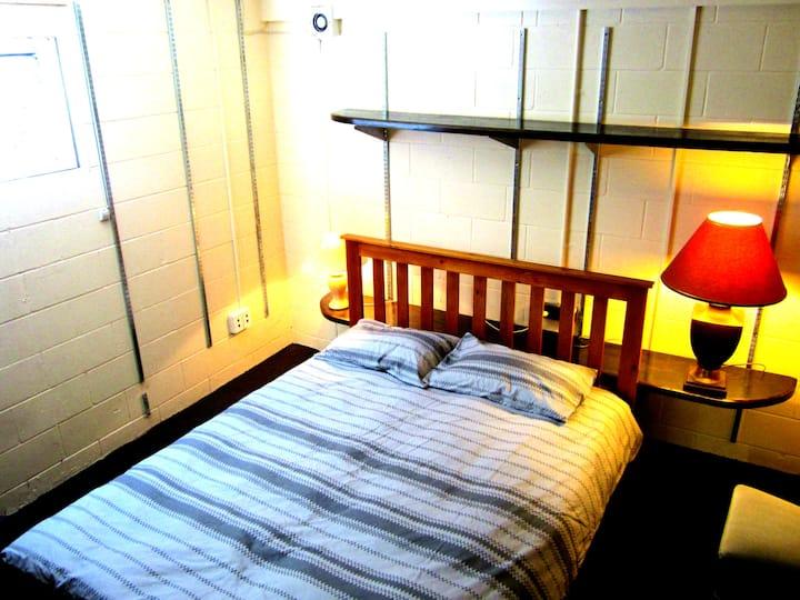 Auckland CBD-Ponsonby-Own bathroom