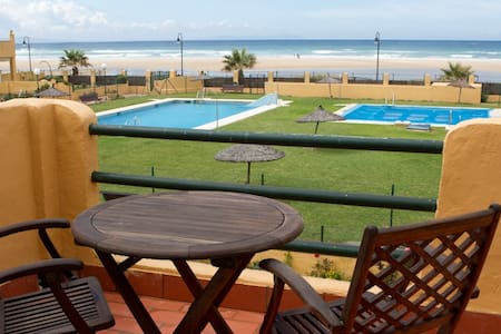 Firstline in Los Lances beach - Tarifa - Apartment