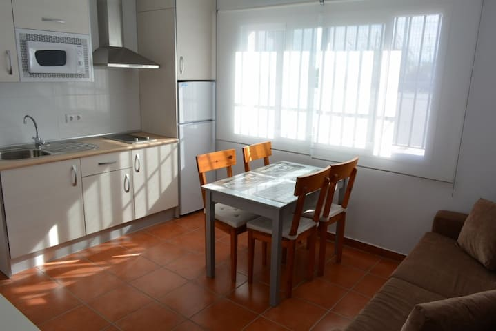 Private house very close to beach - Vélez-Málaga - House