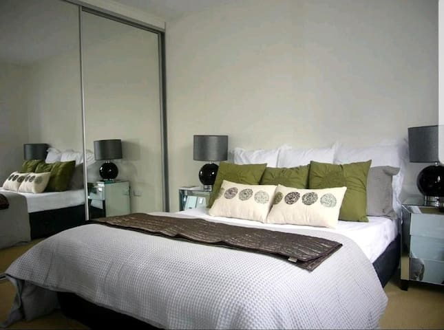 Great room in the heart of Sydney