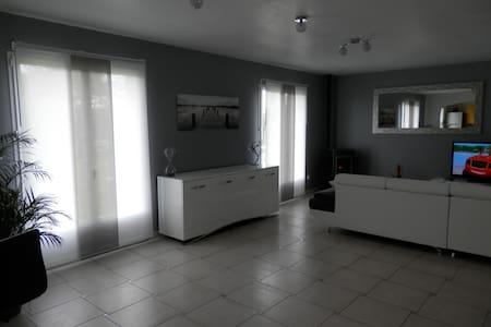chambres individuelle tout proche d'Etretat - Haus