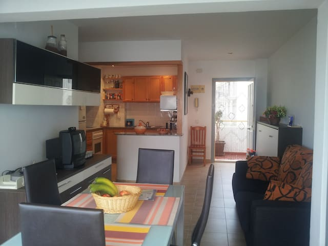 Bonito apartamento con piscina - Alcanar - Apartment