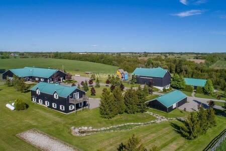 Family Farm Retreat
