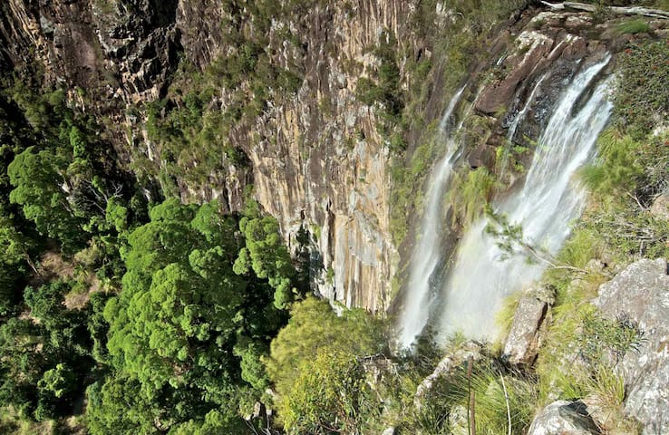 We're located only 10 minutes away from the impressive Minyon Falls and the World Heritage Night Cap National Park
