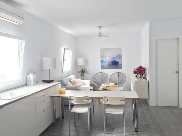 Bright new apartment, in Conil by El Palmar beach