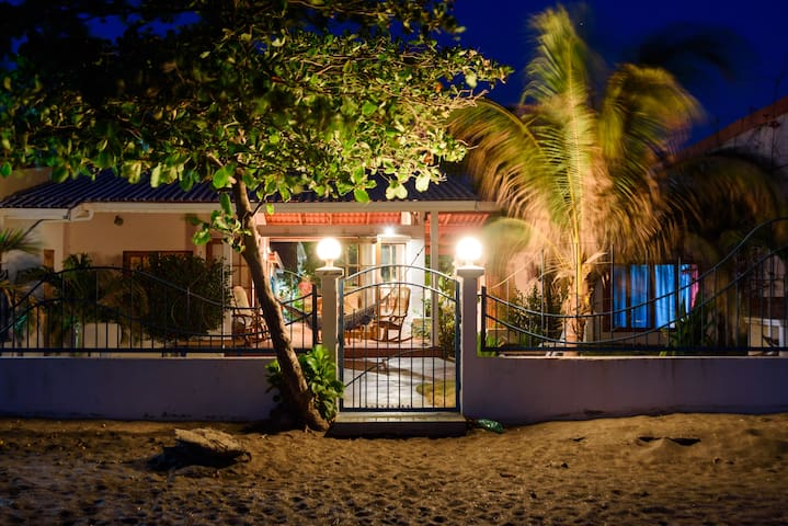 Coco Casa - Beach Front Home