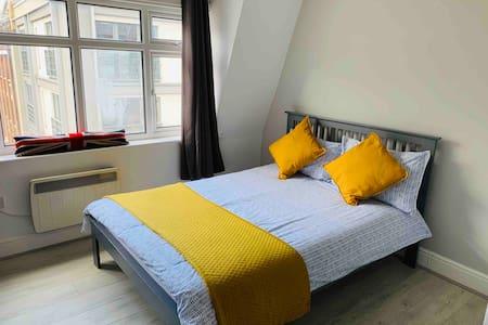 Lovely Studio Apartment in Farringdon