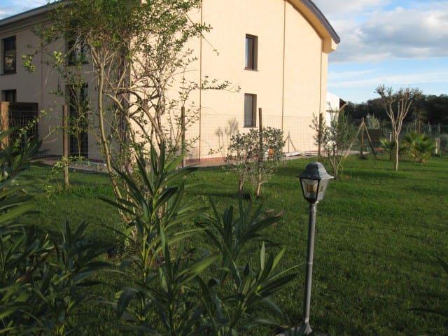 Coltano-villetta a schiera - Coltano Radio