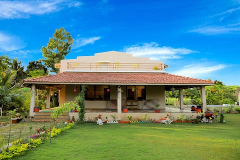 Prakrutika Villa-Mesmerize yourself in Natures lap