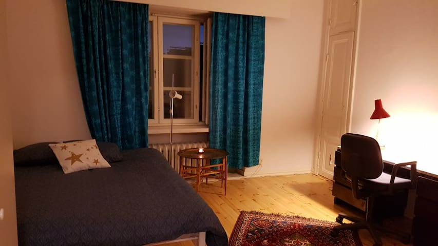 Spacious private ensuite in downtown Helsinki