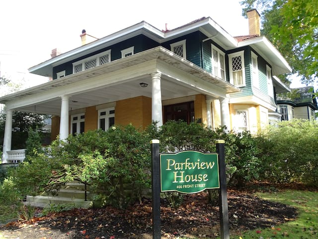 Parkview House