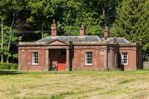 Lodge - self catering - sleeps 6 - East Linton
