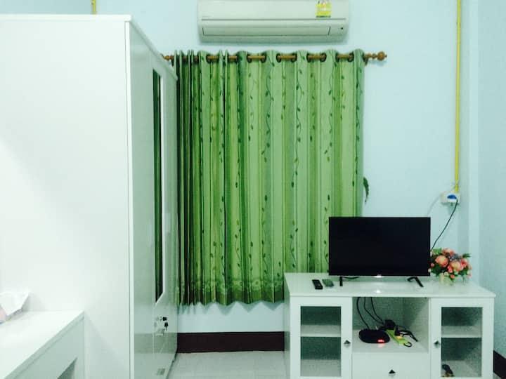 Adeelah's house (air con + hot shower) at Ao Nang