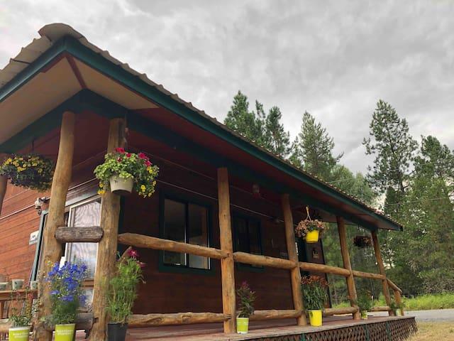 The Hidden Moose Lodge