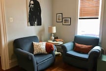 2BR Home Close to Stadiums on the North Shore