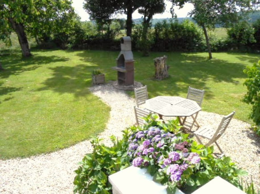 Enclosed garden with BBQ area