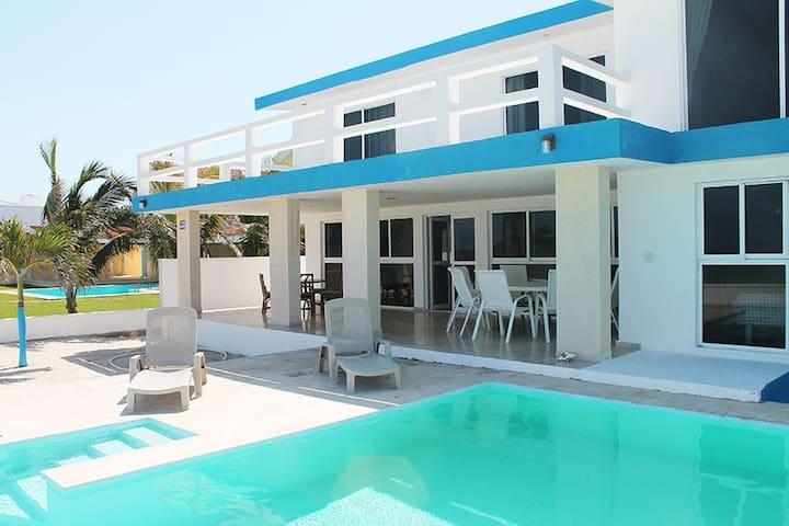 Casa Charuff frente al mar con wifi