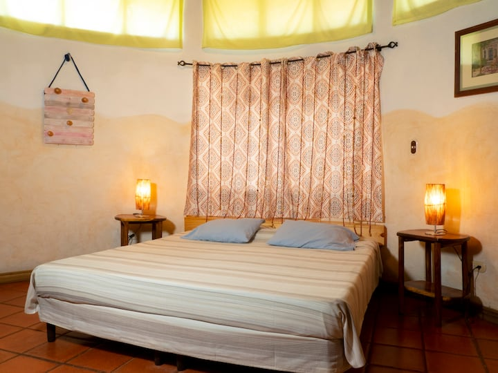 Boutique Hotel in Tamarindo- Bungalow 3 pax