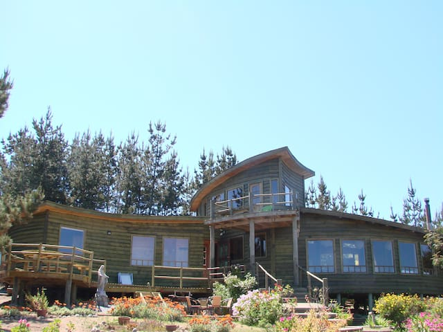 Beautiful House in Tunquén Ecologic - Tunquen