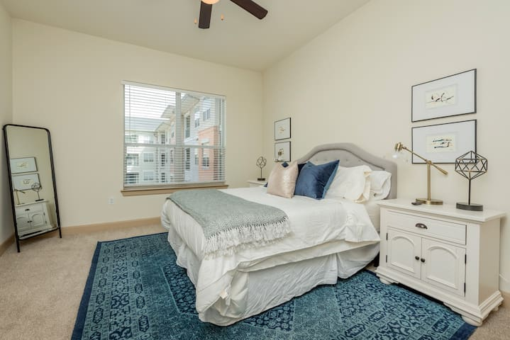 1.4 mile to Med Center✰Washer/Dryer✰Netflix✰WIFI✰