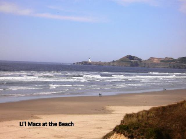 Li'l Macs Beachfront Condo in Newport Oregon
