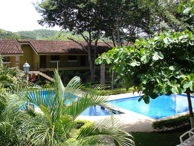 Sweet Dreams Studio 19 -Perfect Tropical Retreat!