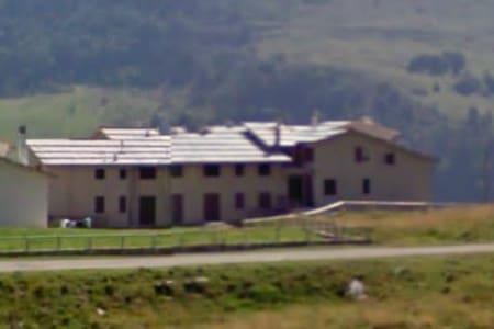 Spazioso quadrilocale in montagna - Werona - Apartament