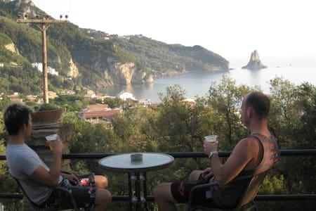 Sea view studio for 2p near beach & Shared pool - Agios Gordios - Apartment