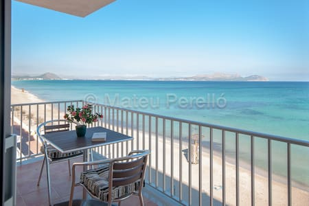 RM-Renovated apartment on the beach - Can Picafort - Departamento
