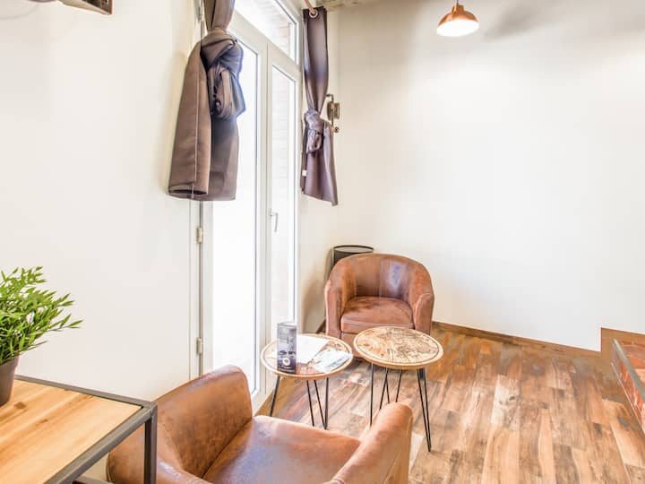 Bright and classy flat loft-style nearby Le Havre train station – Welkeys