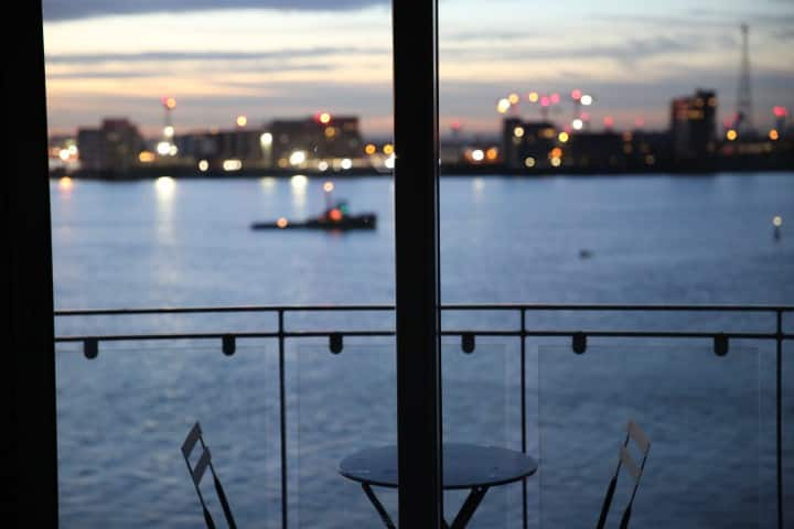 Panoramic London River View Apartment