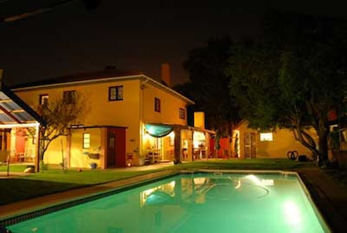 Lourensr River Guesthouse BnB - Cape Town - Bed & Breakfast