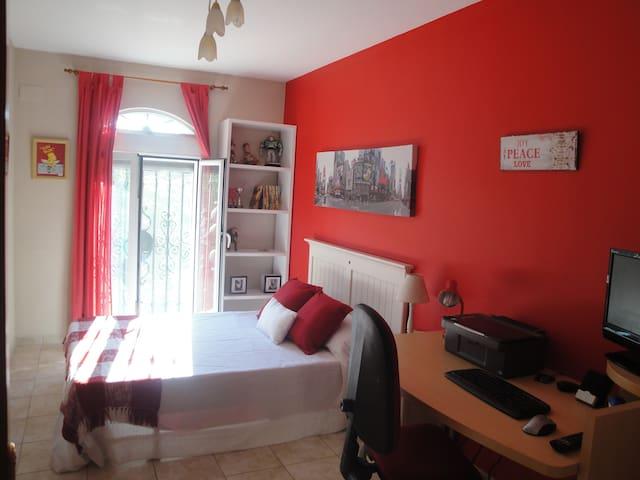 Room Beach Malvarrosa(URL HIDDEN)RJ ) - Valencia - Dům