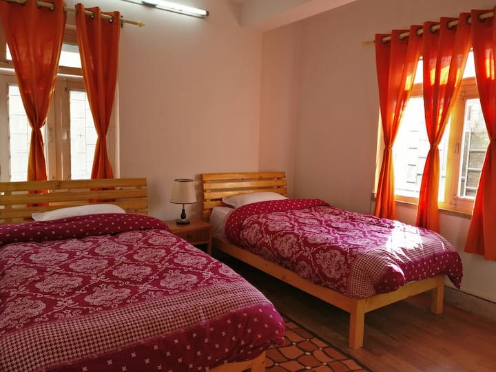 Peaceful and Homely Stay at Lazimpat!!