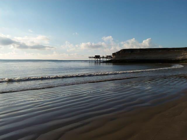 Très agréable maison, 3' des plages - Meschers-sur-Gironde - Haus