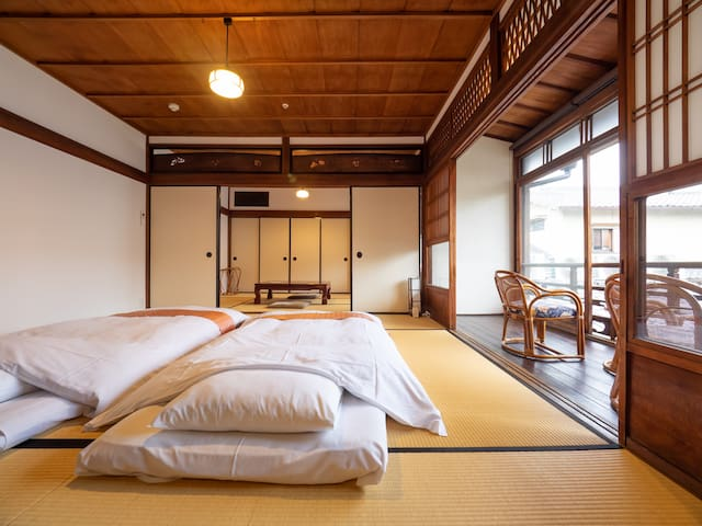 【Cultural Property Stay】Authentic Japanese Room