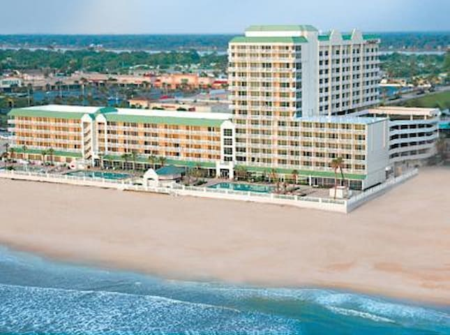 Spa Resort Daytona vacation rental - Daytona Beach - Apartment