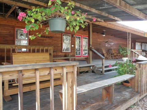 The  Bunkhouse @ Roses River Ranch