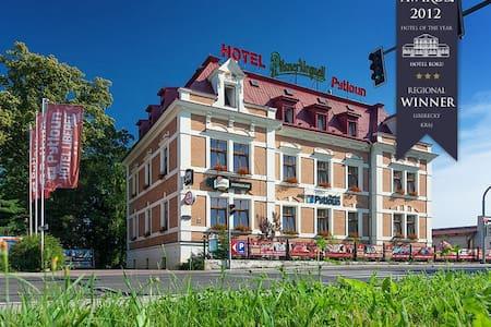 Čtyřlůžkový apartmán - Liberec - Bed & Breakfast