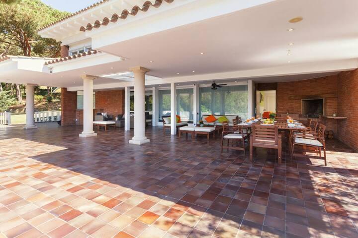 Casa para 13 personas en la playa - Sant Andreu de Llavaneres - Villa