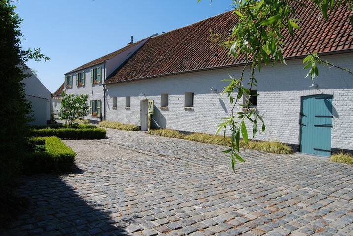 Country house near the sea & next to Bruges - Blankenberge - Bed & Breakfast