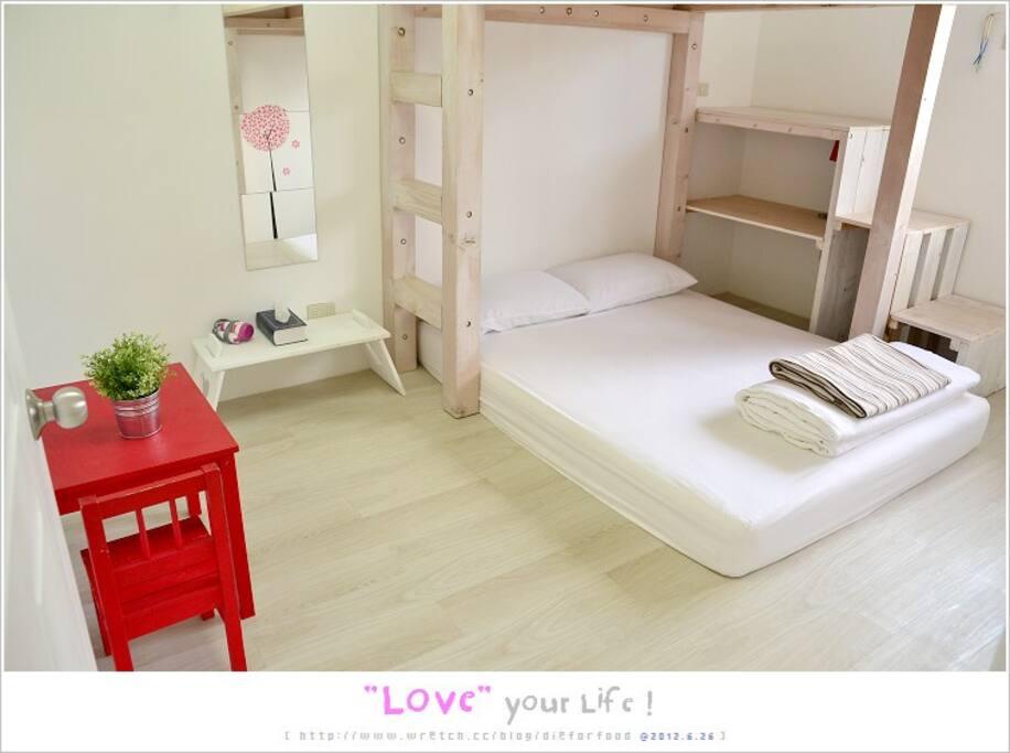 小公寓臥室