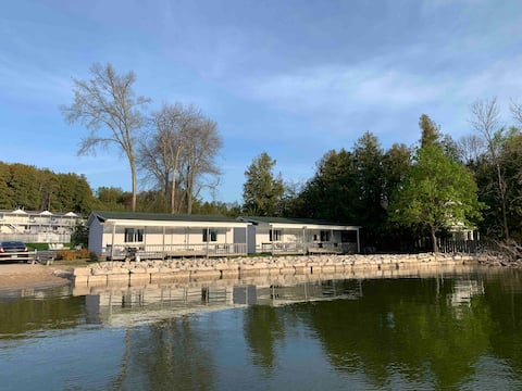 Waterfront Studio with Private Beach in Ephraim #4