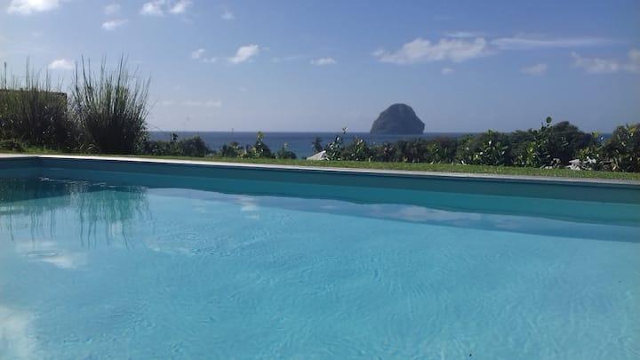Villa Turquoise standing piscine mer et détente