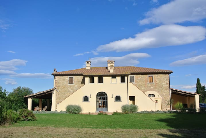 Authentic '700 mansion in Tuscany - Terricciola, Pisa - House