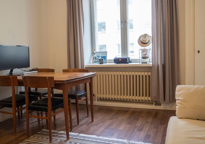 Two room apartment in heart of Kallio. For 2 (+1)