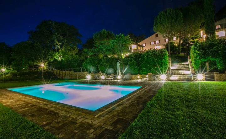 Il Tartufo private villa with pool in Perugia