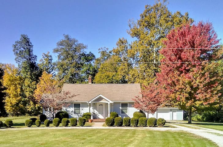 The Wayside Cottage awaits only 5 miles north of Nashville, IN!