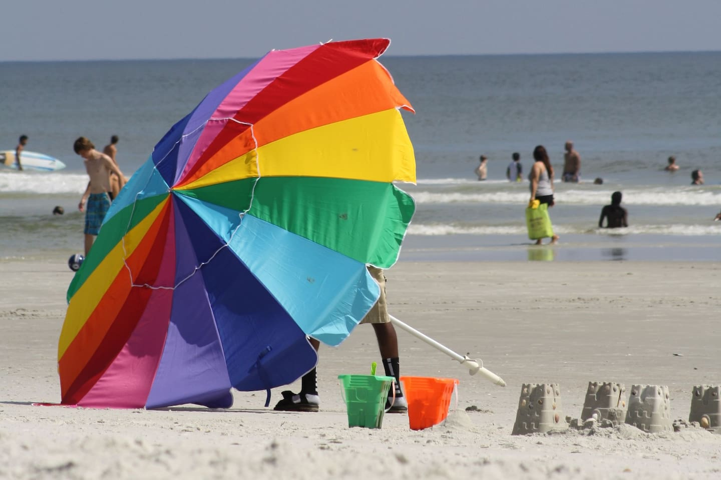 Jacksonville beach is only a straight 6.2 mile drive.